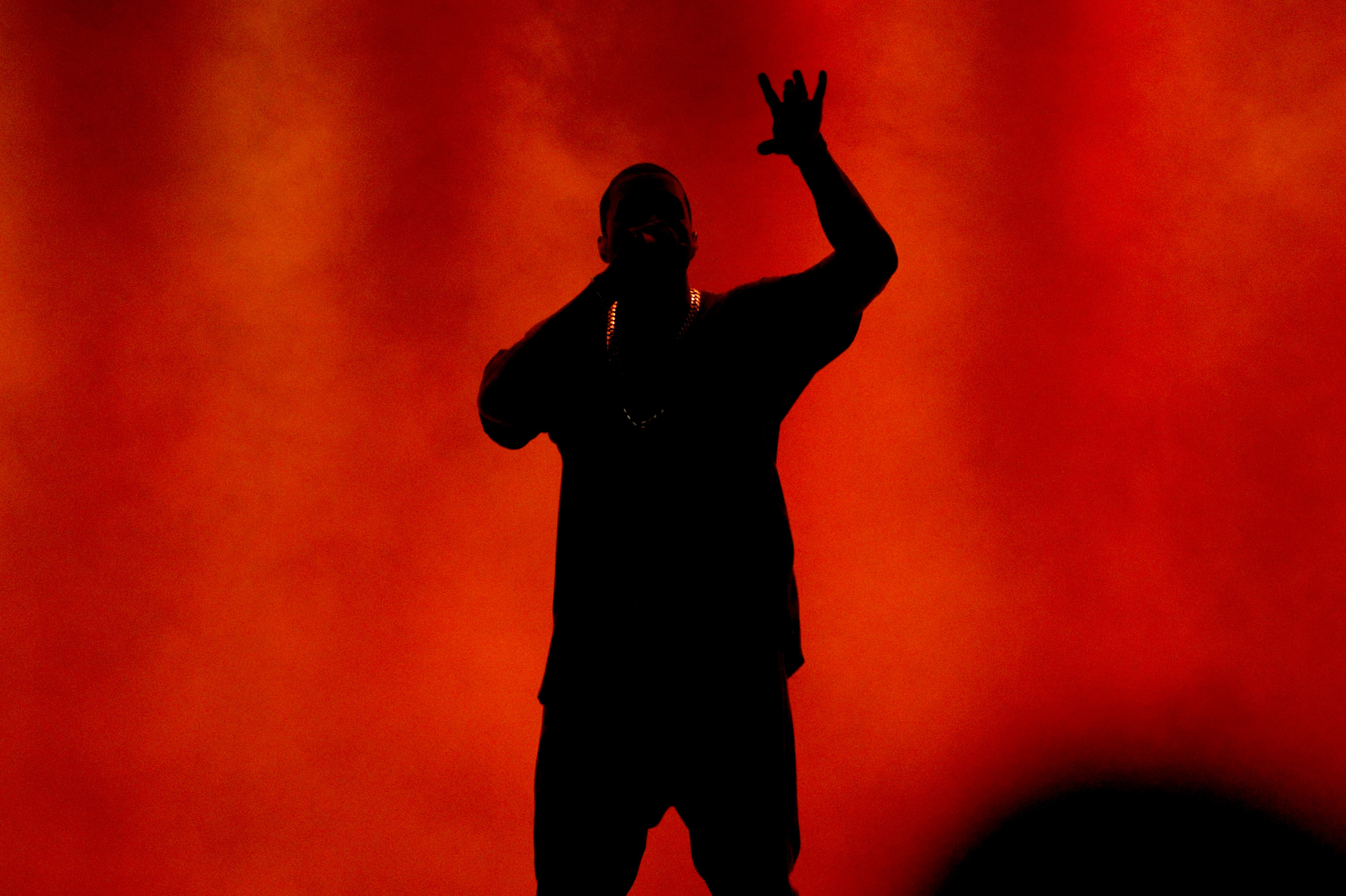 Not Here For It: Twitter Cancels Kanye As Snoop Reacts To The Rapper's Rant