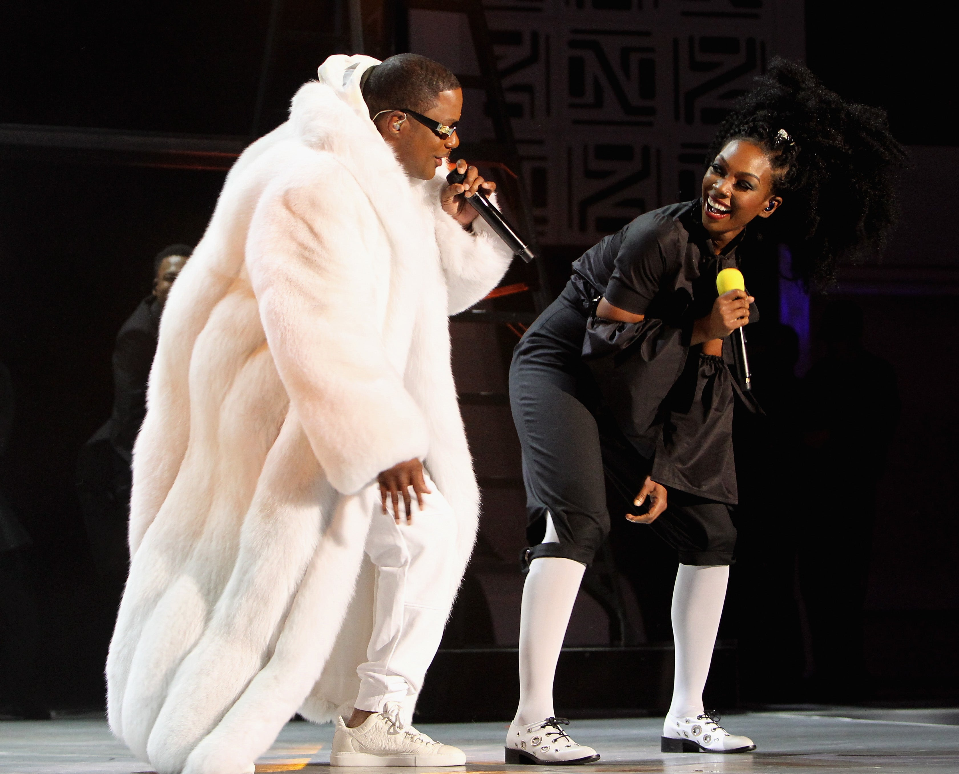 """EXCLUSIVE: Watch Brandy And Ma$e Perform """"Top of the World"""" At The Soul Train Awards"""