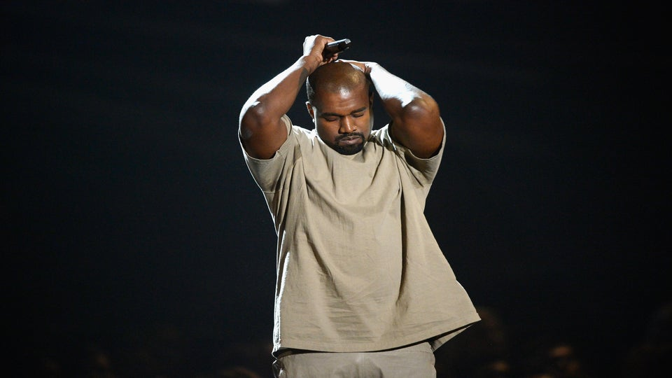 Kanye West Is Struggling With Depression And Paranoia