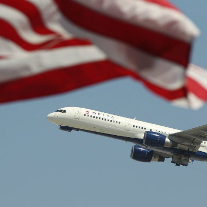 Footage OfPassenger Being Kicked Off Delta Flight For Speaking Arabic Goes Viral