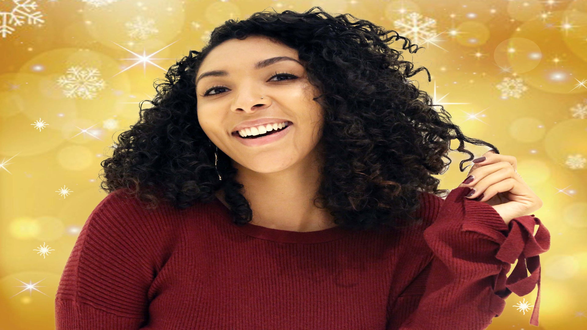 How to Gift the Friend Who's Frustrated With Her Wavy Curl Pattern