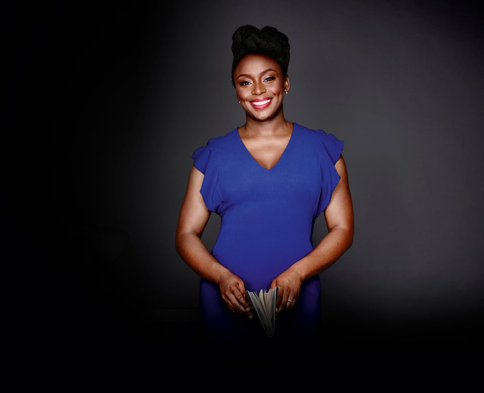 Chimamanda Ngozi Adichie Gives Perfect Answer When French Journalist Asks If Nigeria Has Bookstores