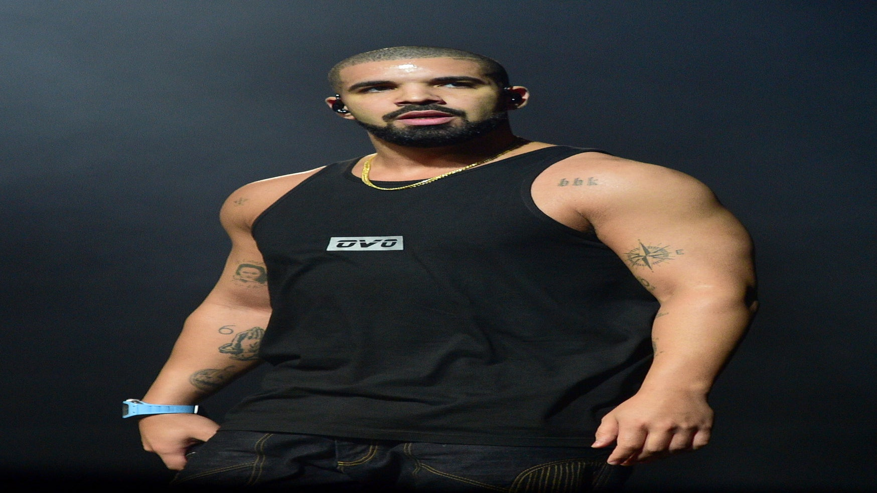 Drake Accuses Country Club Of Racial Profiling And Fans Go In