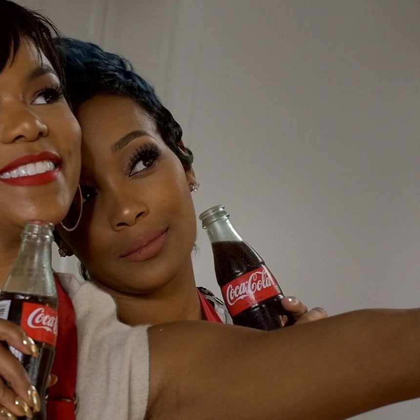 Monica And Letoya Luckett Sat Down With Coca-Cola To Talk About Their Favorite Holiday Food Moments