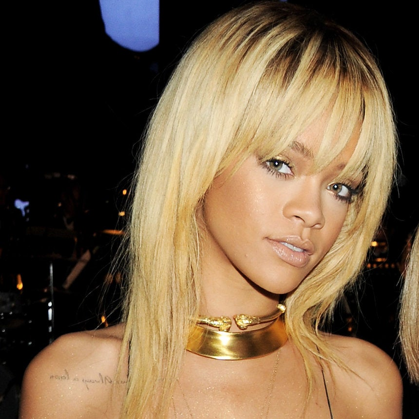 Rihanna Just Jumped On The Platinum Blonde Hair Bandwagon and Looks Gorge, as Expected