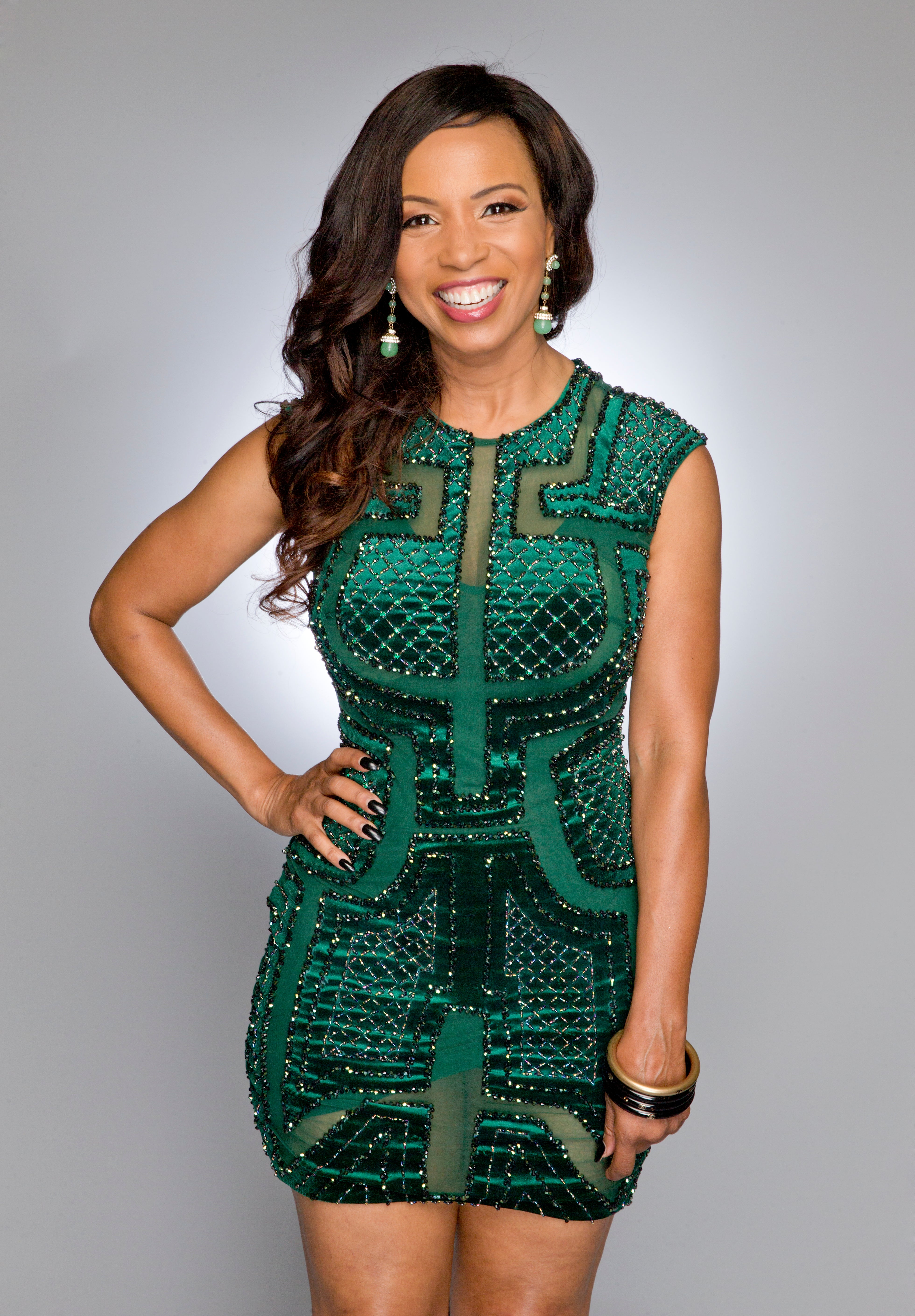 Hairstyle File: Elise Neal Talks New Hair Extensions Collection