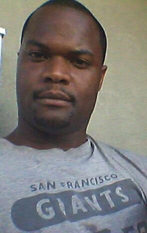 California Dad Stabbed to Death While Shopping for Daughter on Christmas Eve