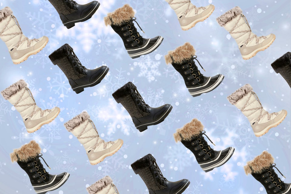 9 Chic Snowboots You'll Actually Want to Wear