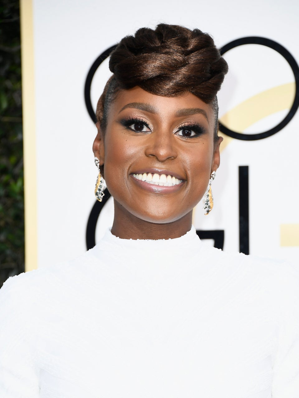Issa Rae's Rope Twist Hair Wins The Golden Globes Red Carpet