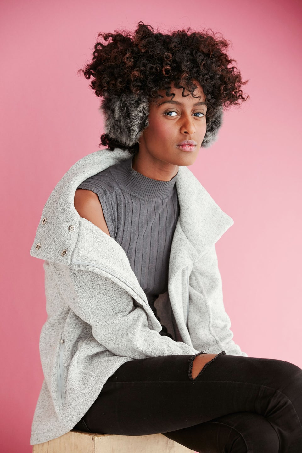 4 Ways To Style Hair Under Hats and Other Winter Accessories