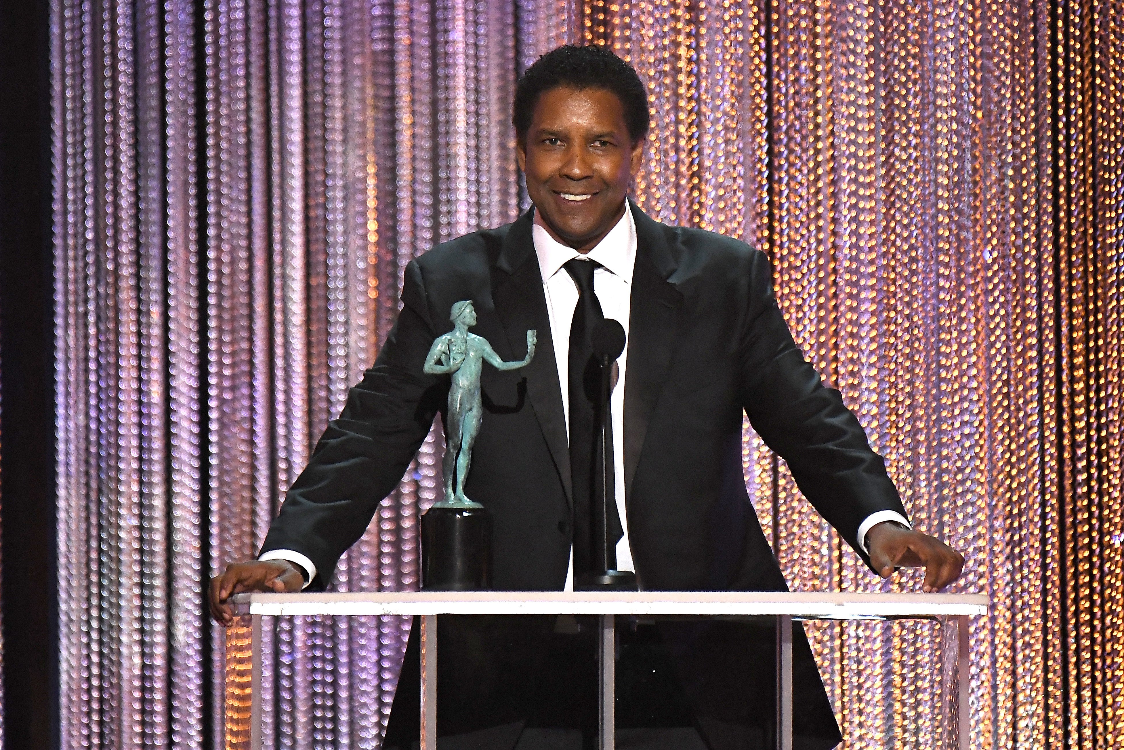 Denzel Washington (Finally!) Wins His First SAG Award For His Powerful Performance In 'Fences'