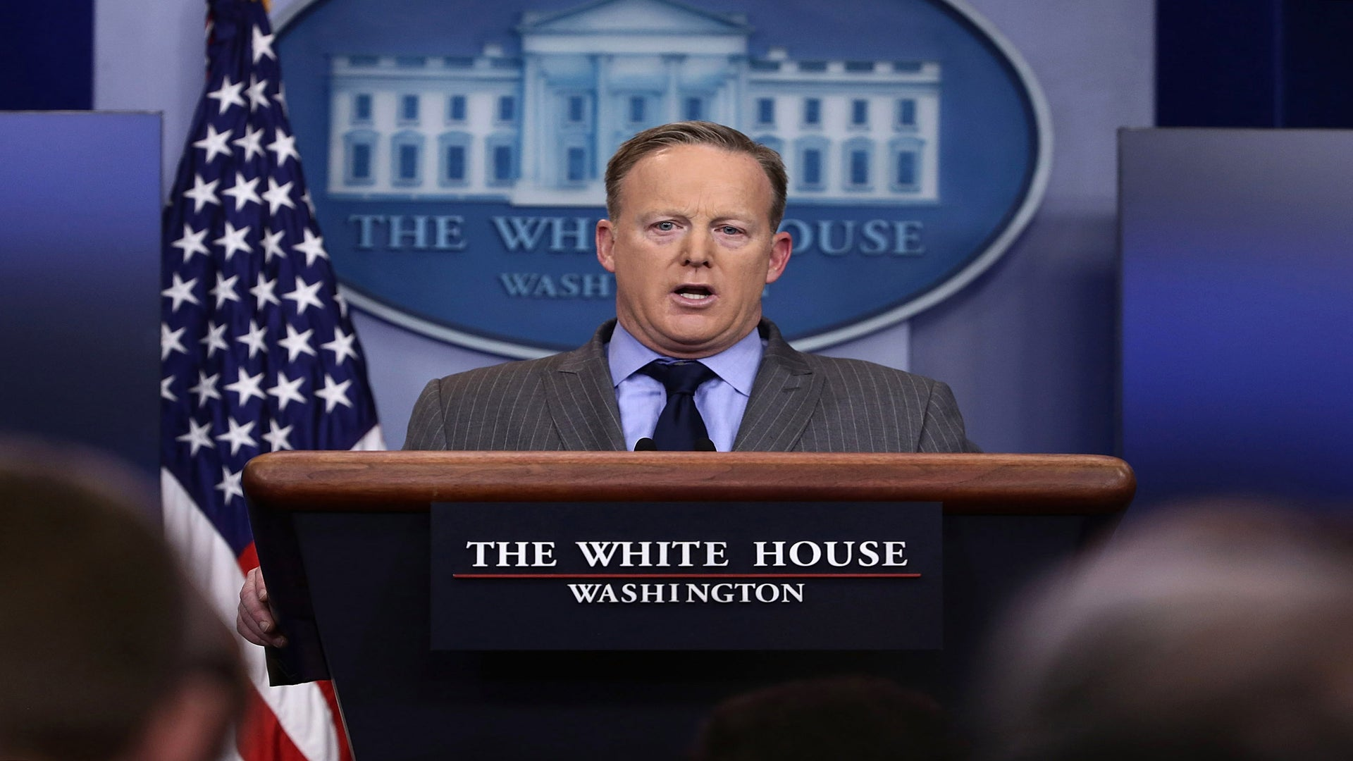 Trump's Press Secretary Breaks Tradition By Answering To Pro-Trump Site First