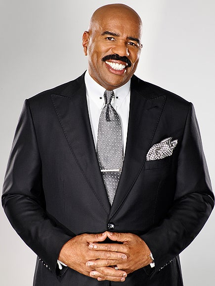 Steve Harvey Returns to Host the Miss Universe Pageant and Mocks Last Year's Blunder