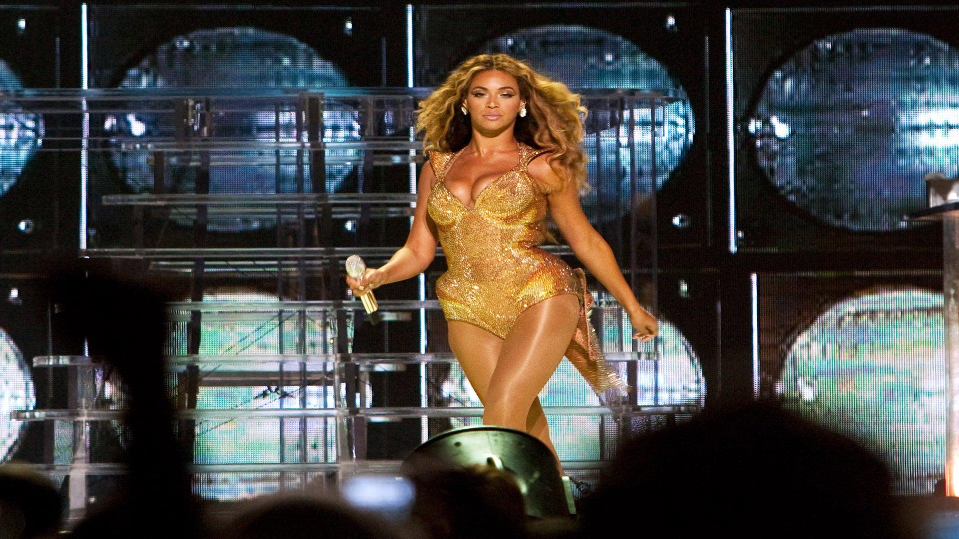 WATCH: 5 Times Beyoncé Shut It Down At ESSENCE Festival