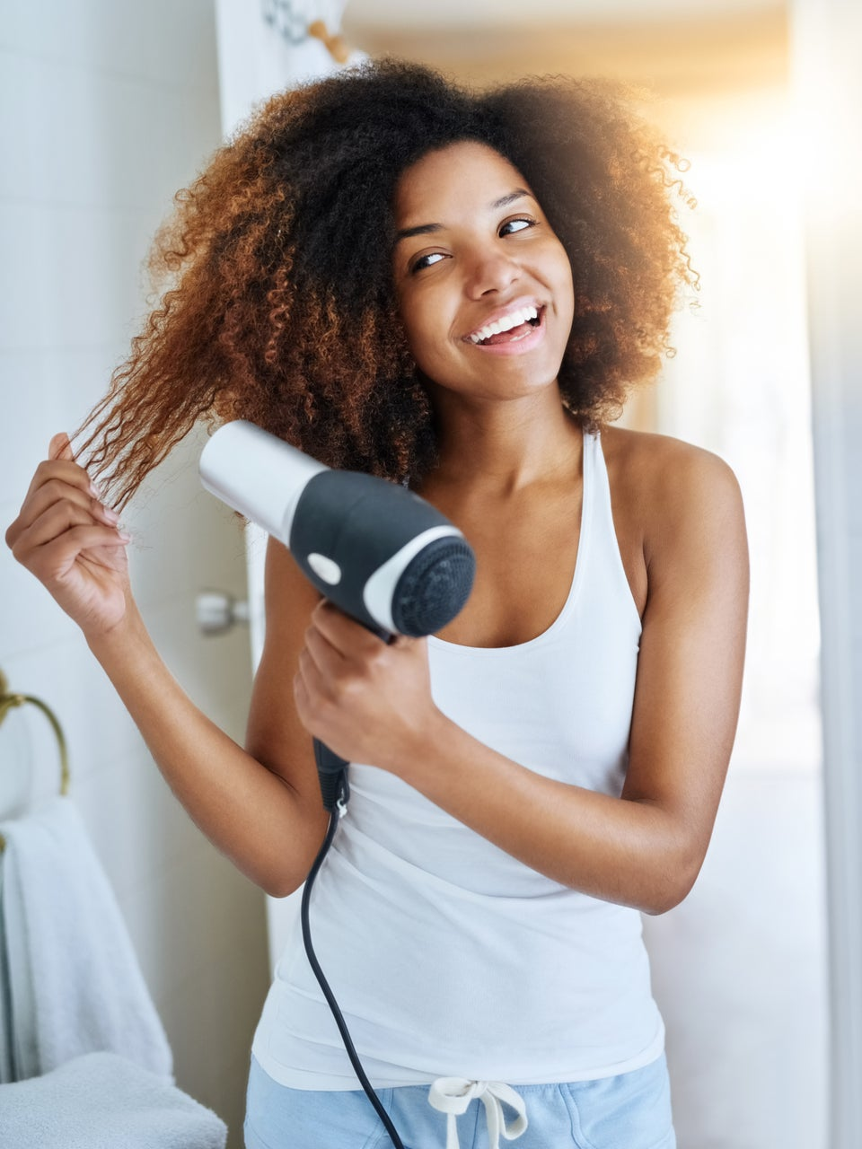 5 Easy Bedtime Hair Habits You Need For A Flawless Morning Routine