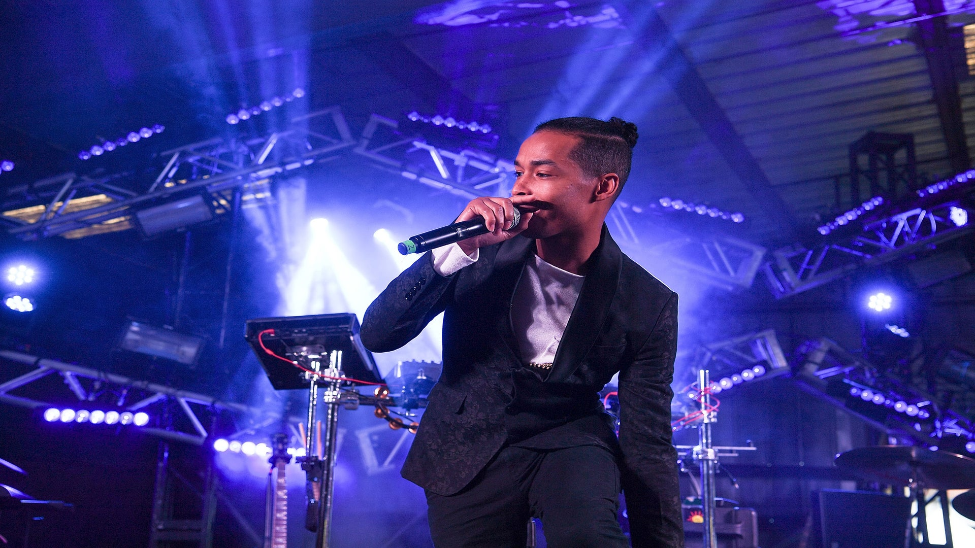 New Music: Stay Inspired & 'Movin' With ESSENCE Festival Performer Sir The Baptist