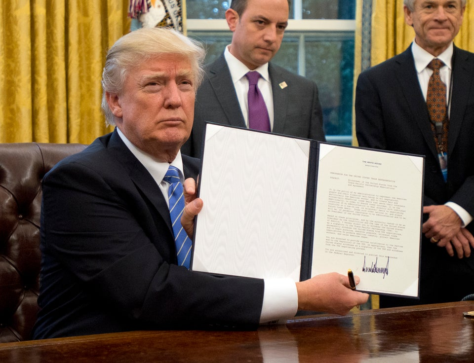 Trump Signs Three Executive Orders For Crime Prevention