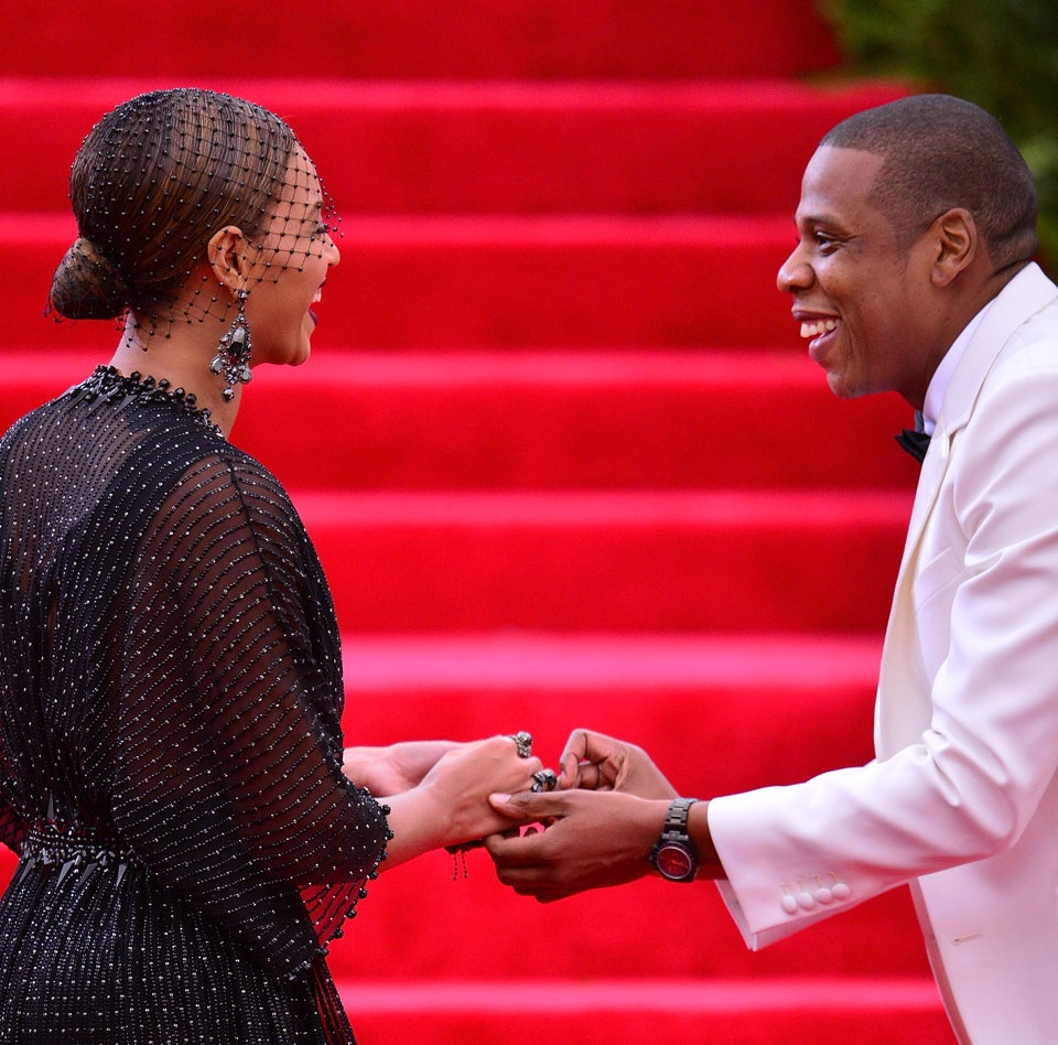 We Can't Get Enough Of The Way Jay Z Looks At Beyoncé