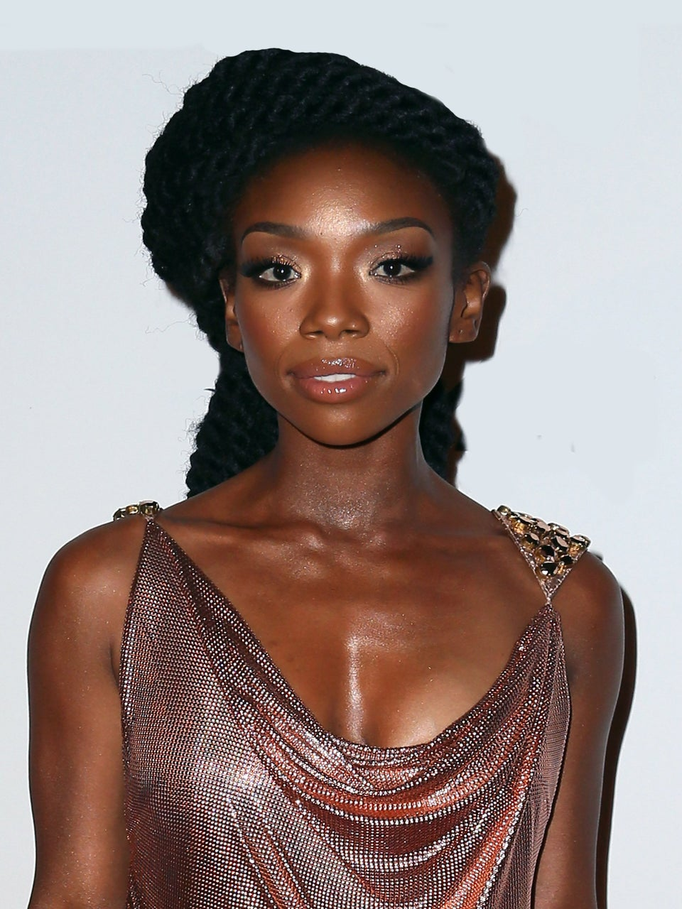 Brandy Settles with Car Crash Victim's Family