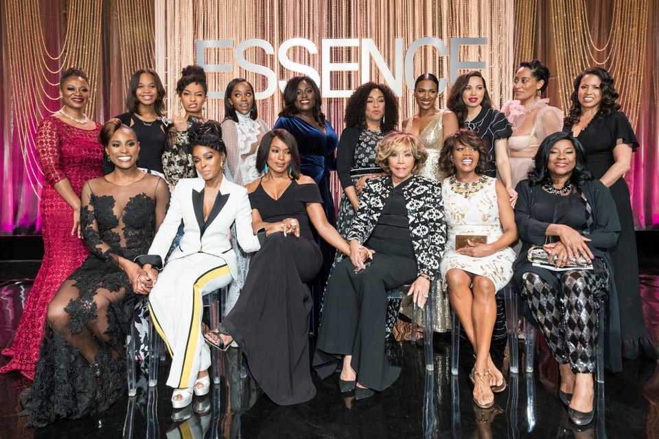 Past and Present Black Women in Hollywood Honorees Posed For The Perfect Picture And It's Everything