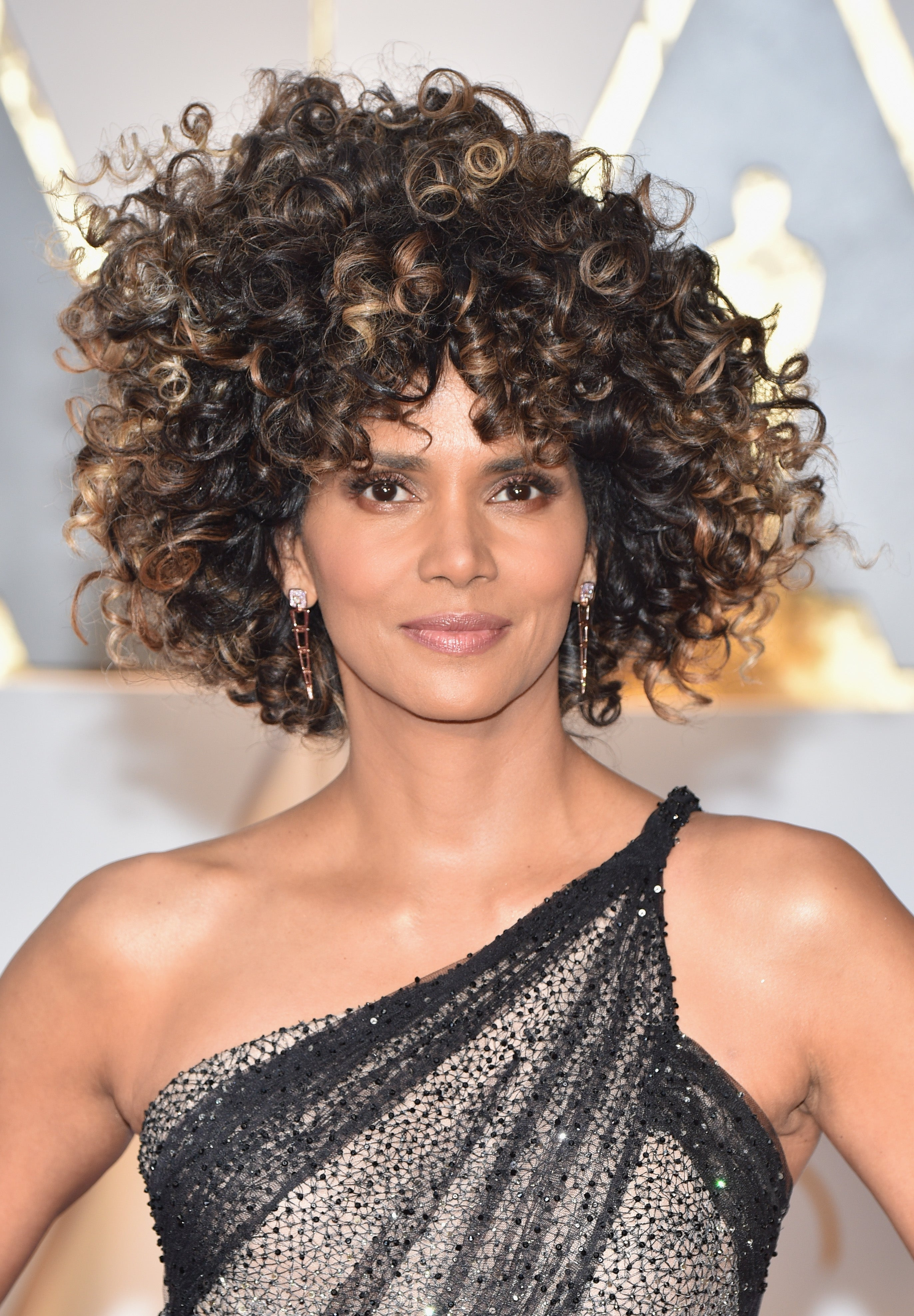 Halle Berry Defends Her Oscar Curls: 'I Celebrate My