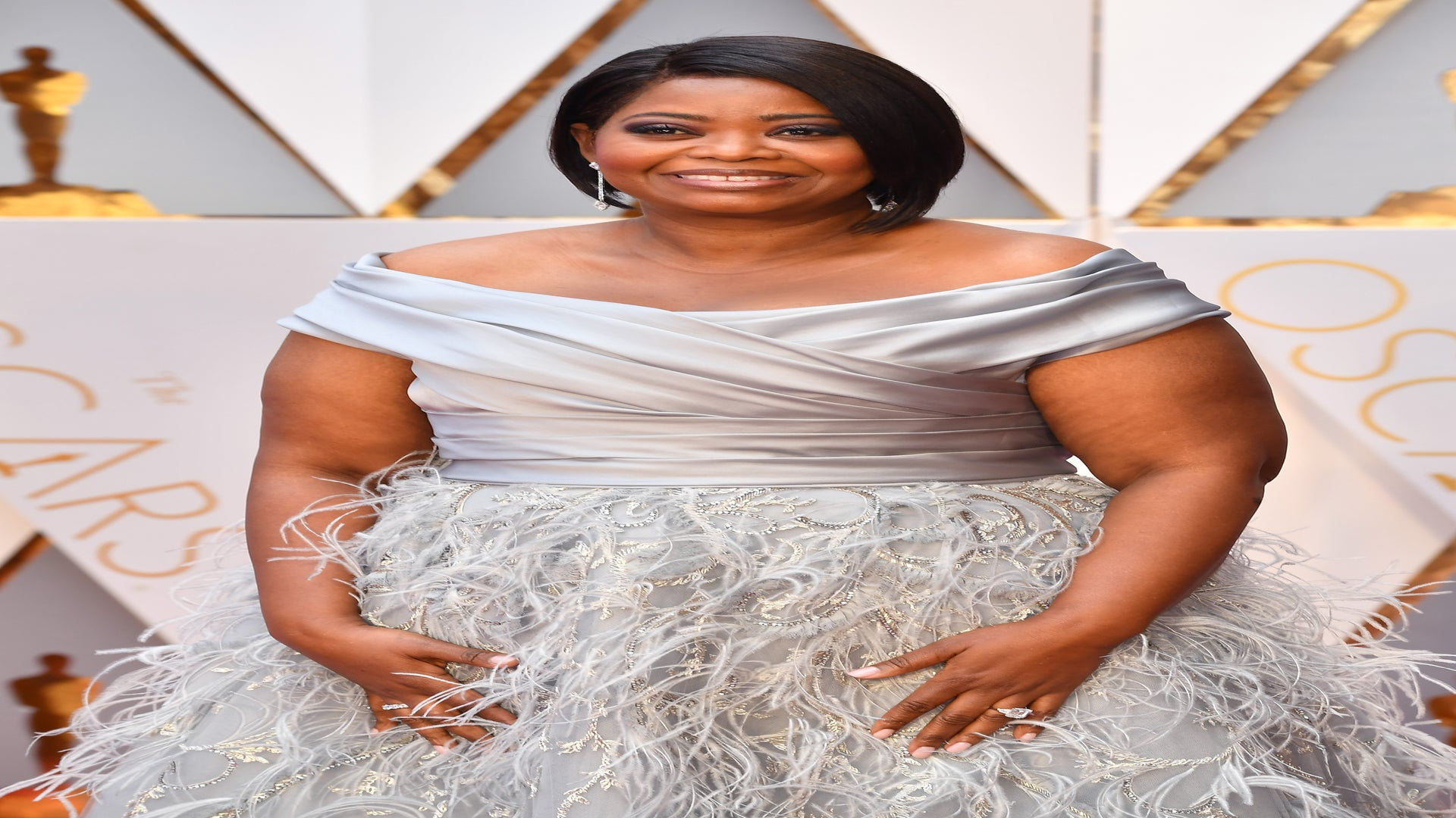 Octavia Spencer is a Silver Belle on Oscars 2017 Red Carpet