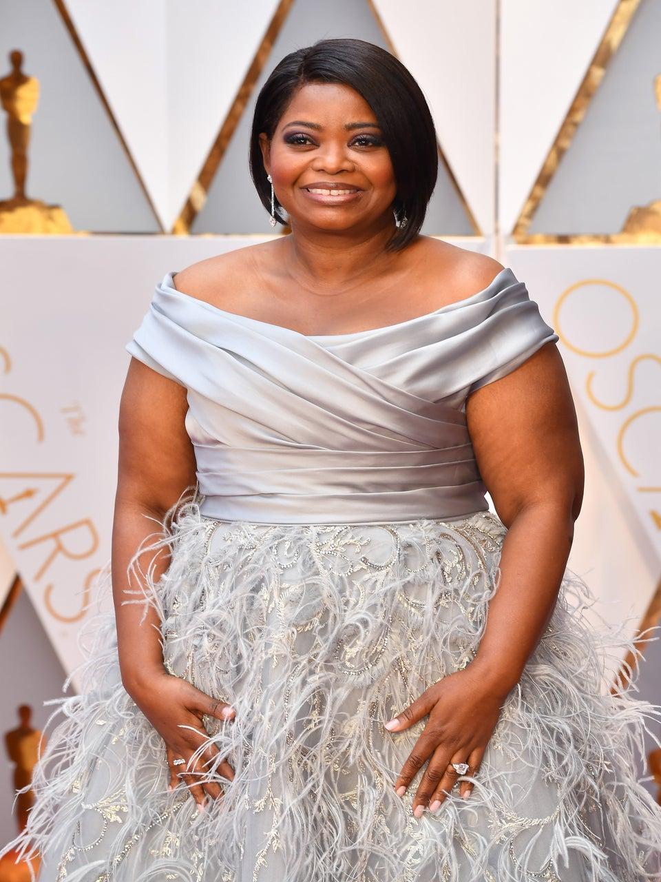 Octavia Spencer is a Silver Belle on Oscars 2017 Red Carpet