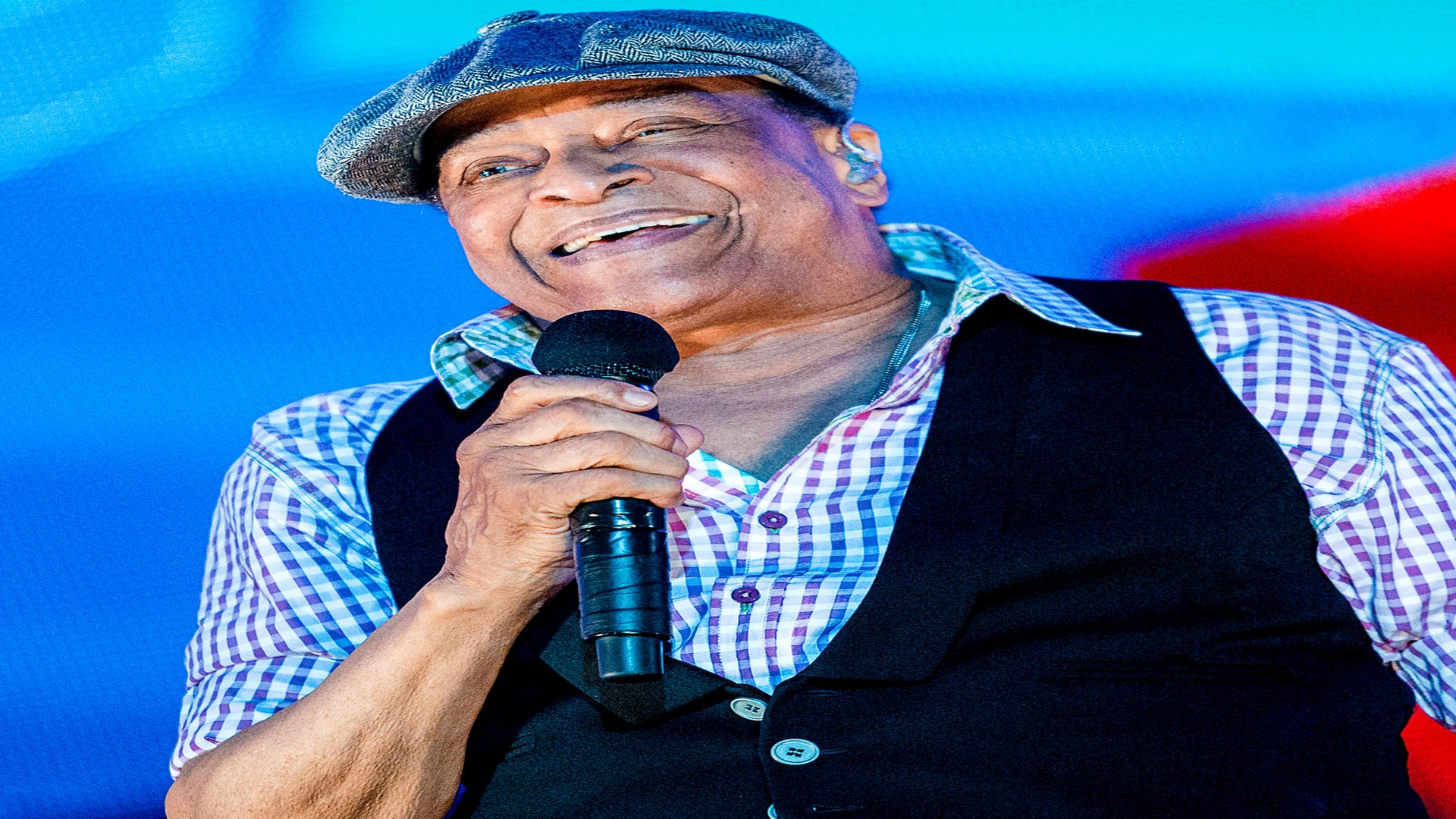Jazz Legend Al Jarreau Dies At 76