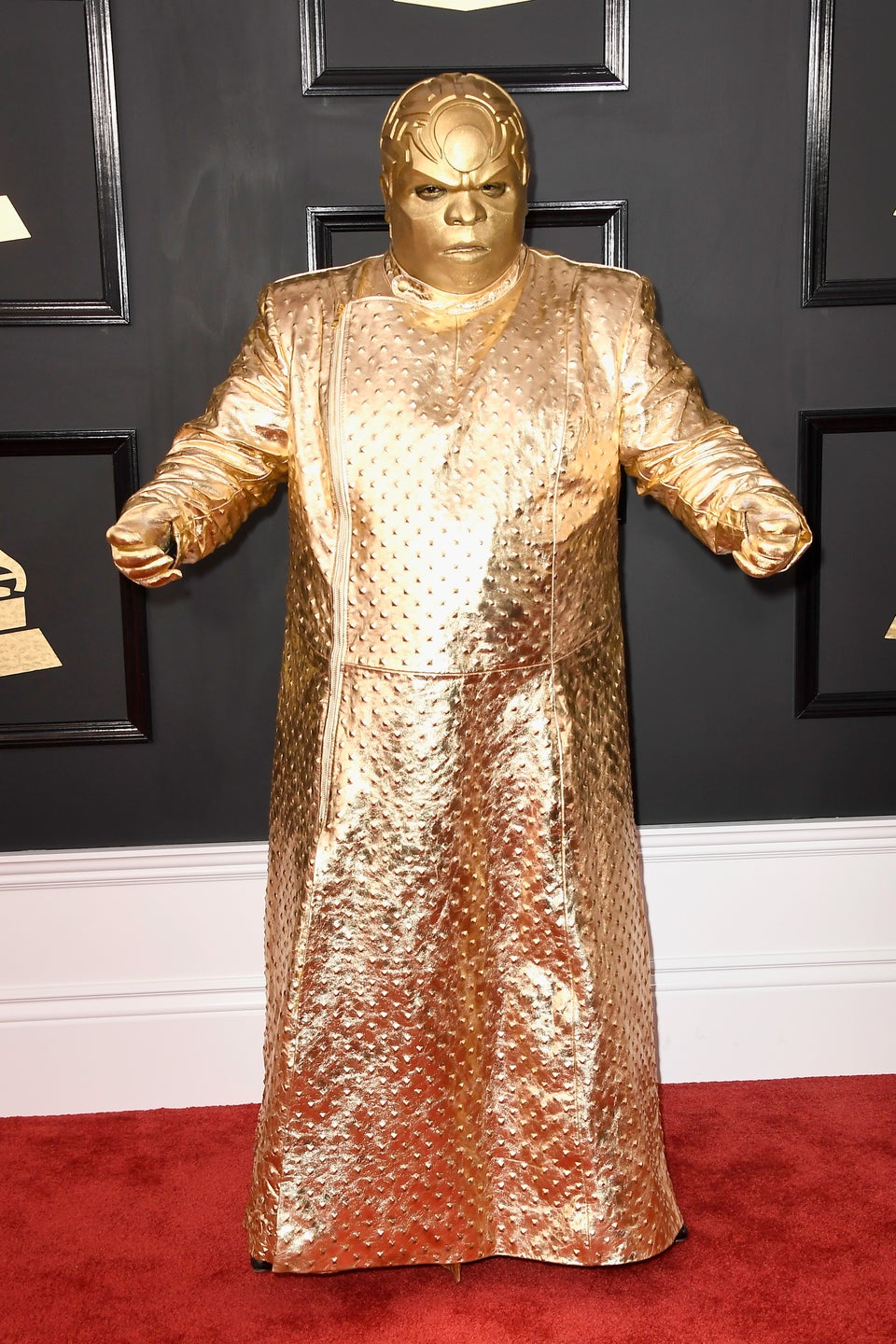 CeeLo Green Gold Grammy 2017 Outfit