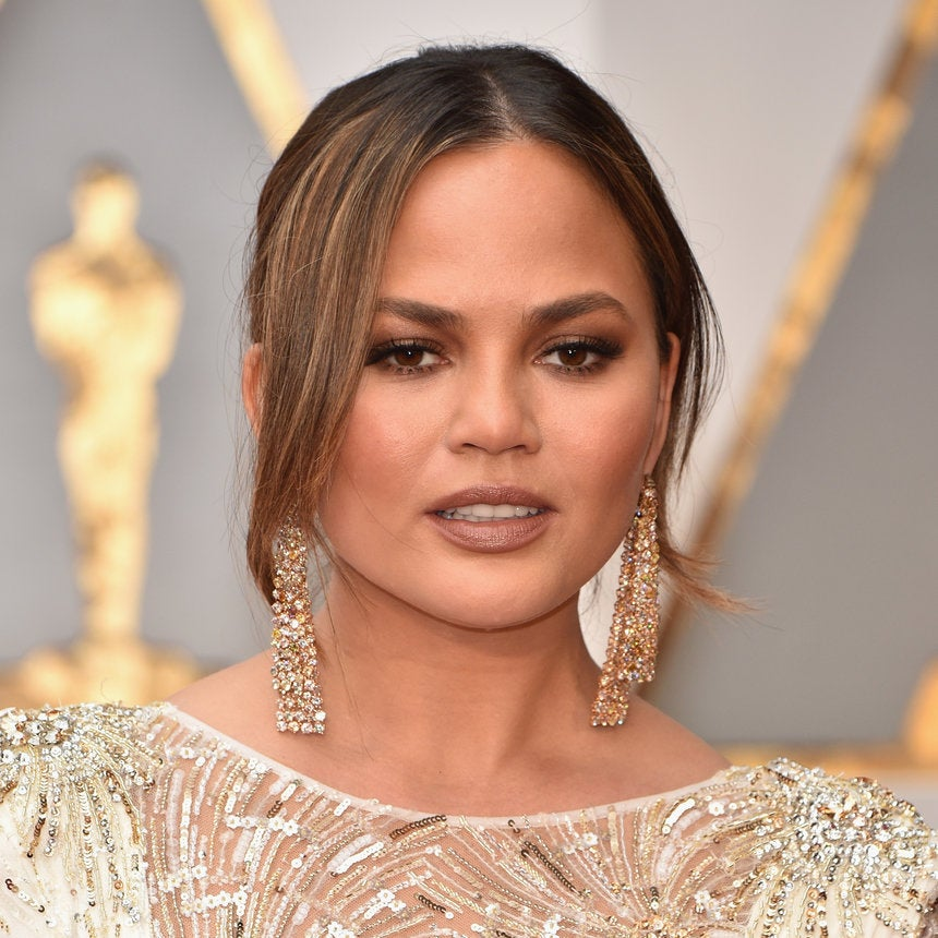 Chrissy Teigen Looks Like A Makeup Chef In This Hilarious Video Of Her Whipping Up Her Becca Palette
