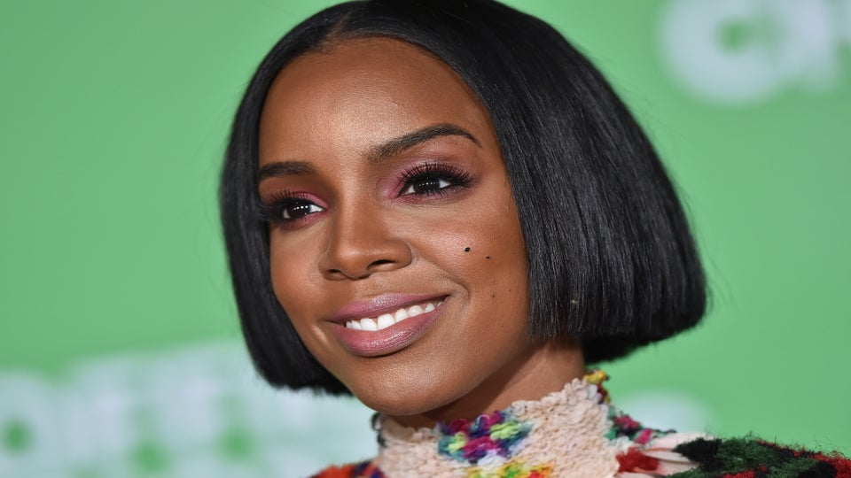 Kelly Rowland Shows Off Stretch Marks in Support Of Kendrick Lamar's 'Humble'