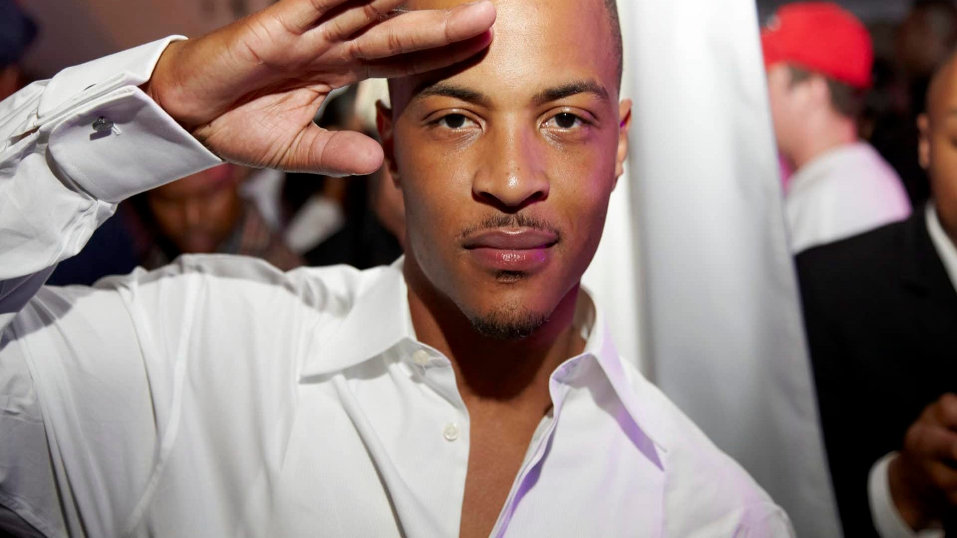 T.I. Helps Raise $120,000 To Bail Out Nonviolent Offenders