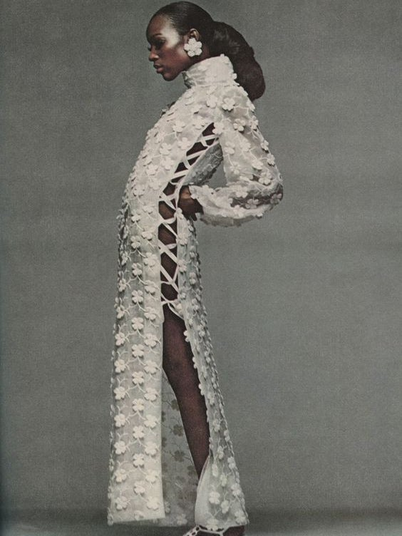 The Stunning Throwback Naomi Sims Look We're Recreating This Spring