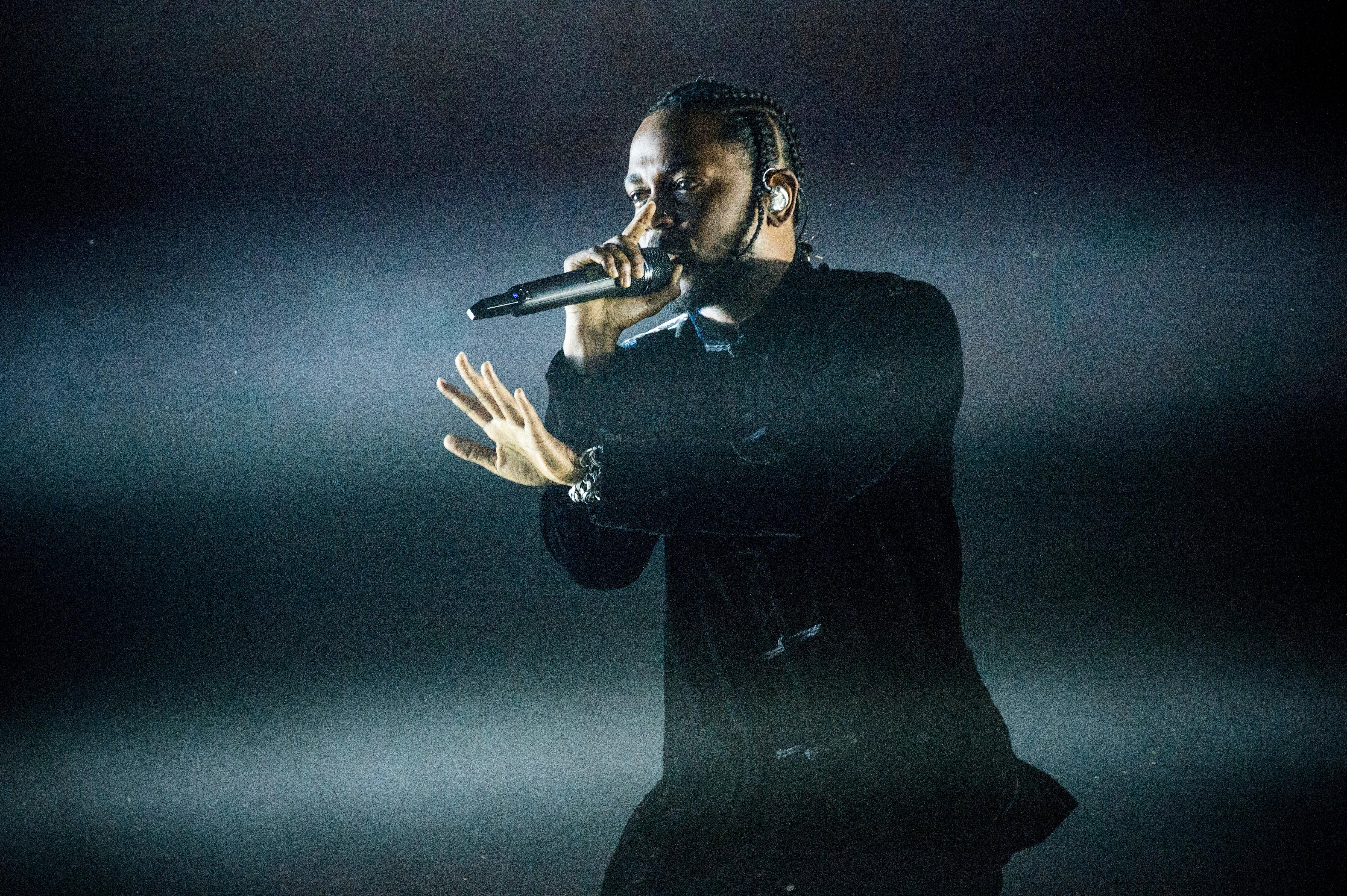 Kendrick Lamar's Mom Sends The Best Text Messages