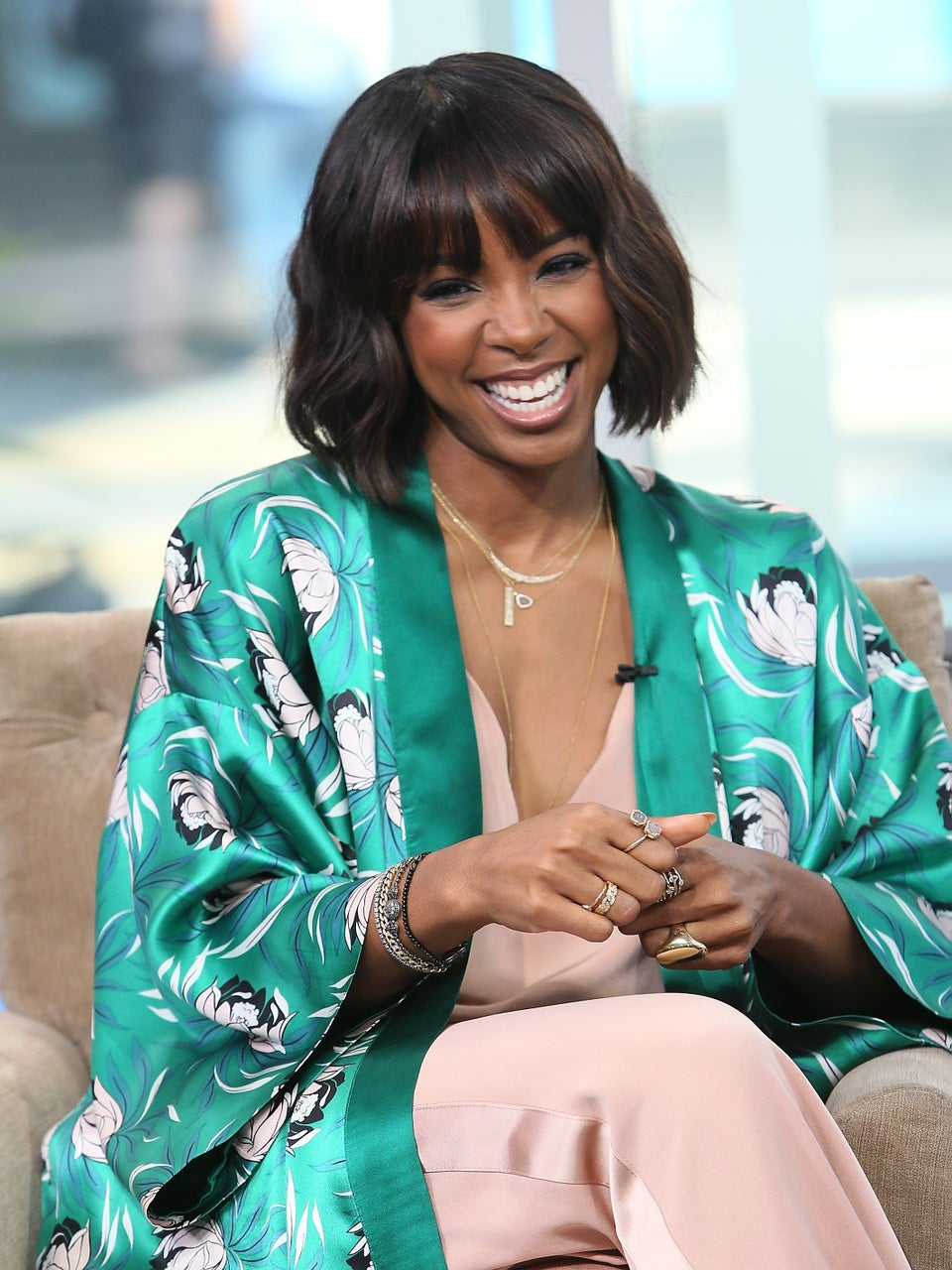 Kelly Rowland's Husband Tim Weatherspoon Is Still Sweeping Her Off Her Feet