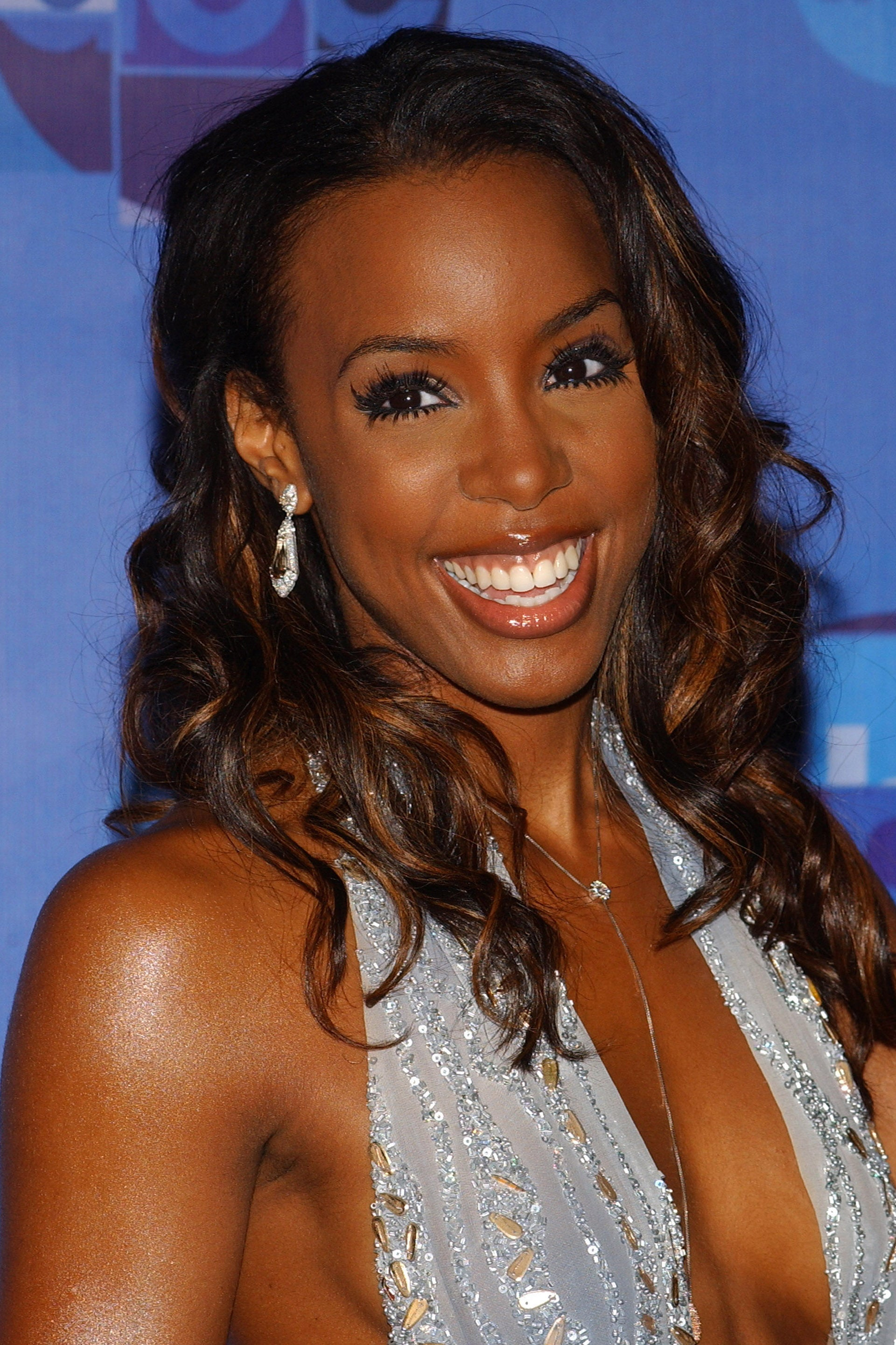 Kelly Rowland Hairstyles Essence