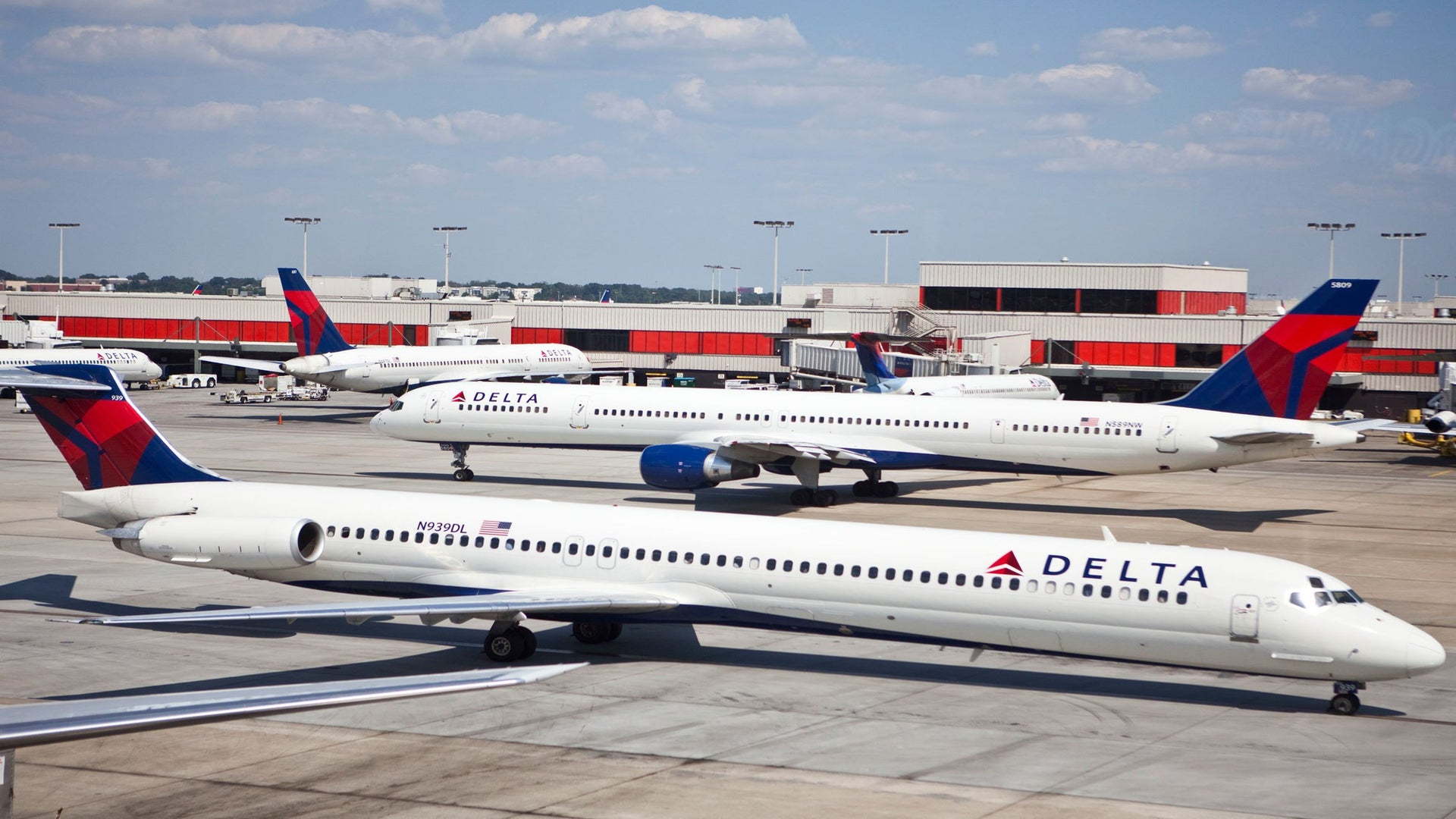 Milwaukee Man Gets Kicked Off Delta Flight After Getting Up To Use The Restroom