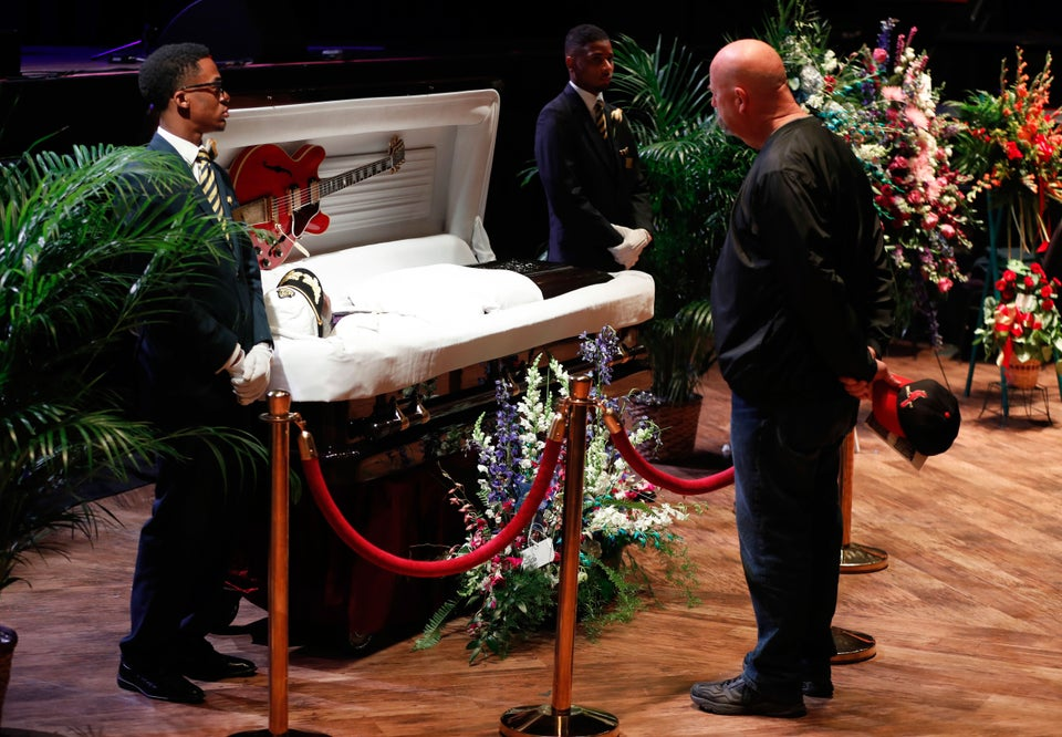 Fans Say Goodbye To Chuck Berry At His Funeral's Public Viewing
