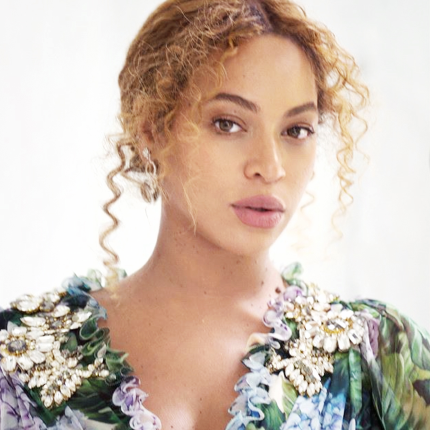 Beyoncé Secretly Made Her Public Debut With JAY-Z Minutes Before Dropping First Pic Of Her Twins