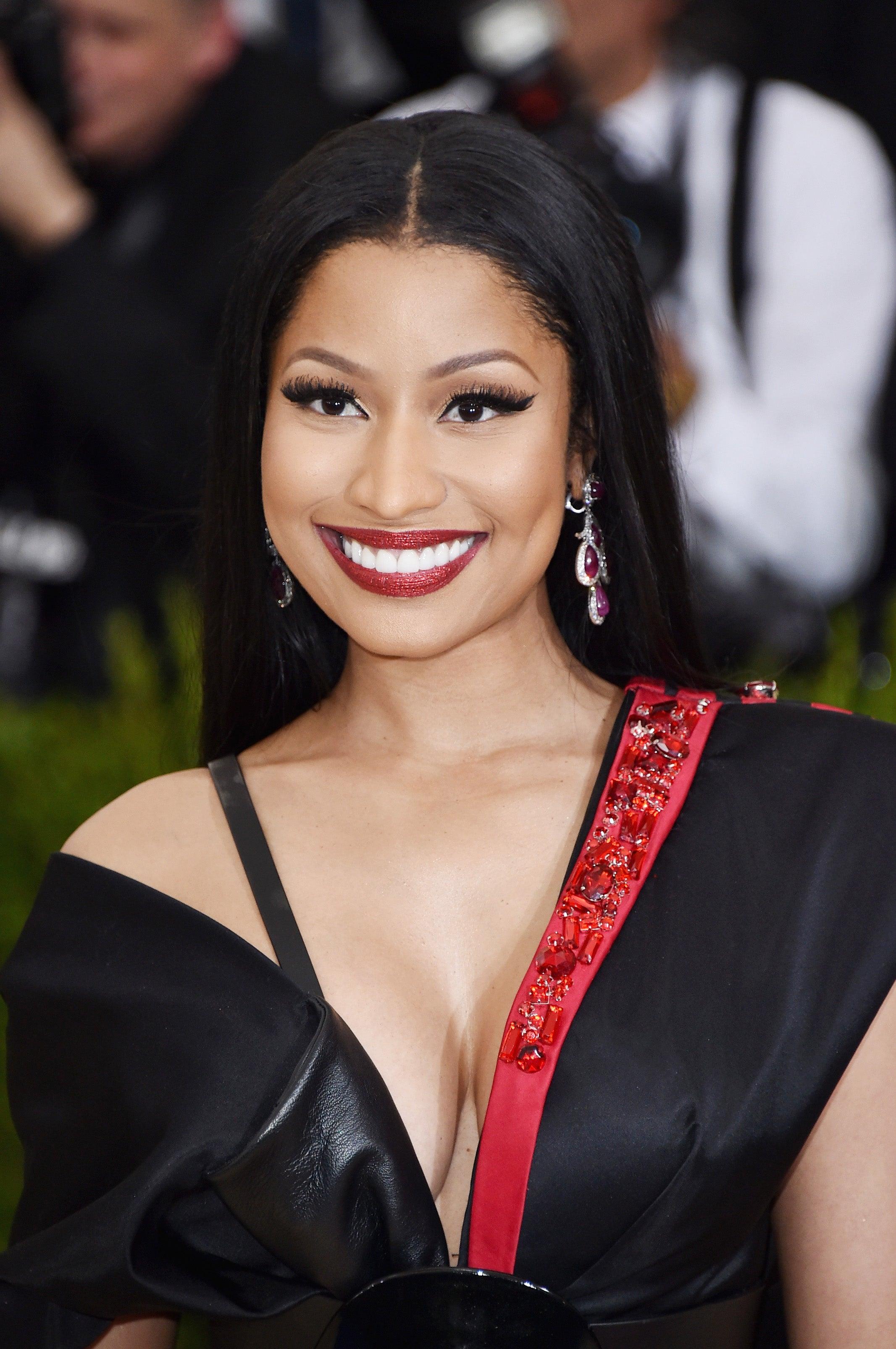 Nicki Minaj To Launch Charity To Help With Student Loans