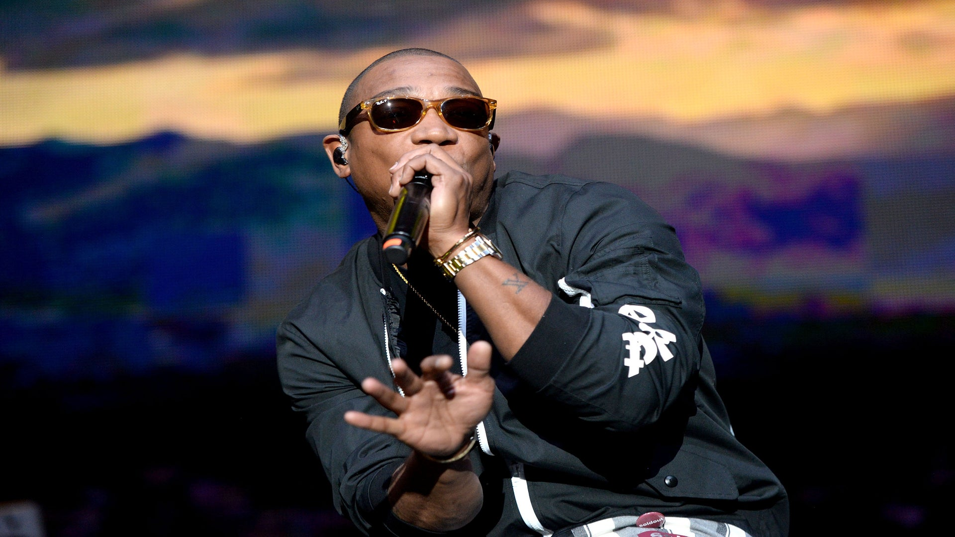 Ja Rule Asks Fans To Cuss Him Out During Concert For Fyre Festival Failure