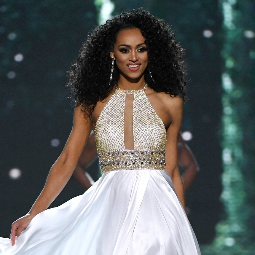 5 things to know about kara mccullough essence 5 things to know about miss usa winner kara mccullough thecheapjerseys Gallery
