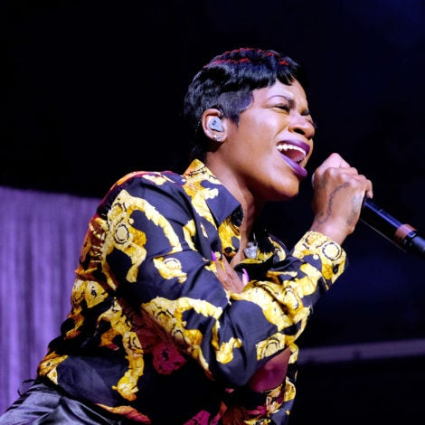 Fantasia Is Serving In Her New Platinum Blonde Pixie