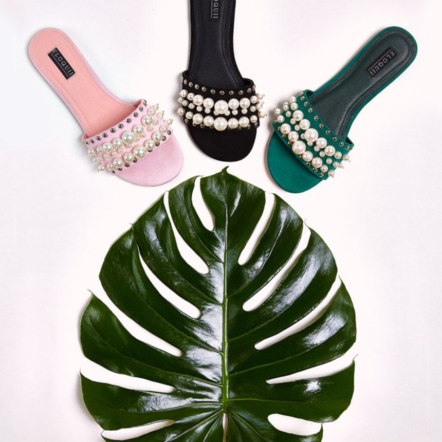 The 9 Wide-Width Flat Sandals You Need for Spring