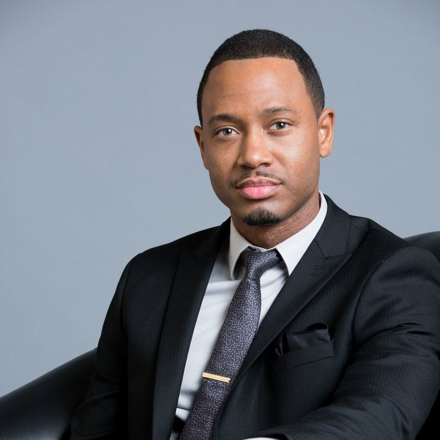 Terrence J Has An Incredibly Attractive Clique Of Friends