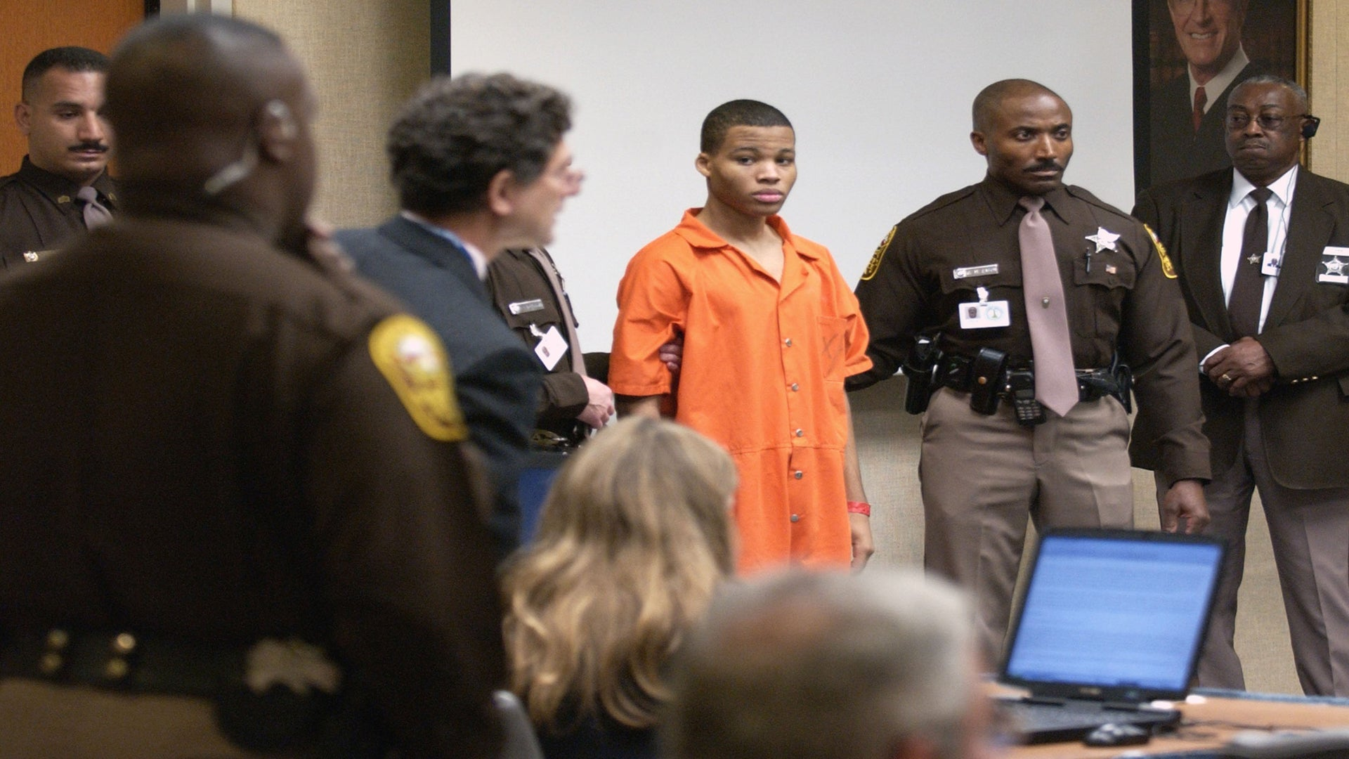 Judge Throws Out Life Sentences for D.C. Sniper Lee Boyd Malvo