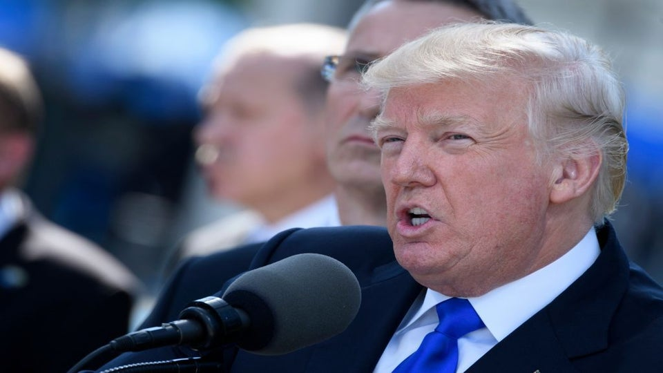 Trump Is Urging World Leaders To Call Him On His Cell Phone, Raising Security Concerns
