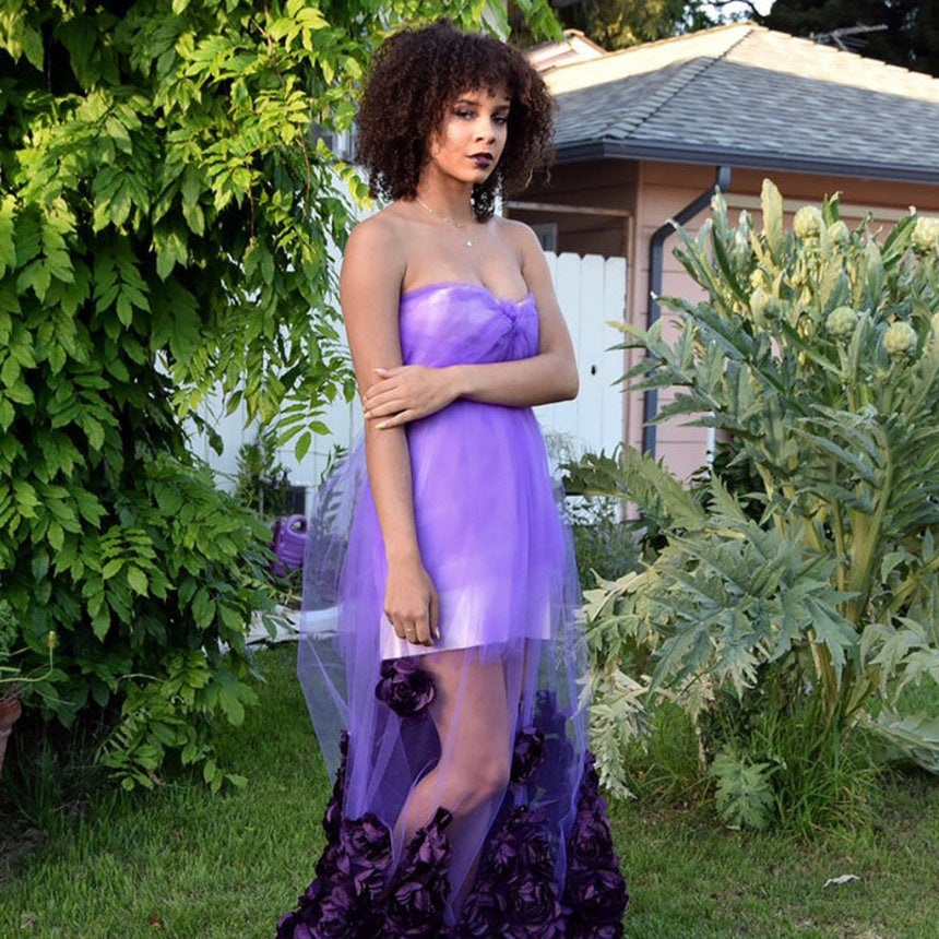 This Teen Made Her Amazing Dress the Night Before Prom...and Nailed It