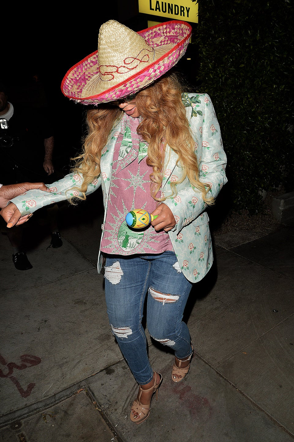 Beyoncé and Kelly Rowland Celebrate Cinco de Mayo with Vegan Mexican Food and Festive Sombreros