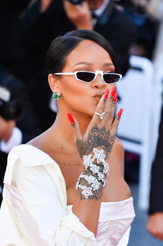Rihanna Finally Confirms Fenty Beauty Will Arrive In Fall 2017
